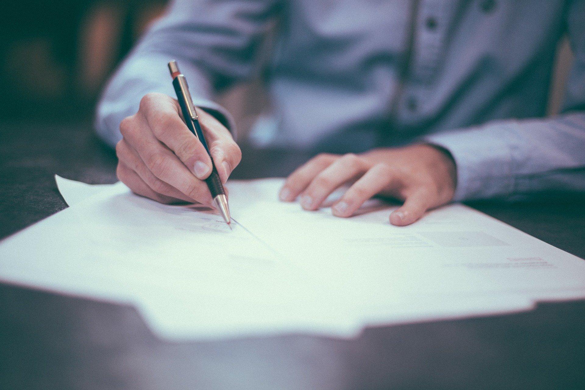 Vertragsgestaltung: Gestaltung und Rechtsberatung zu Verträgen